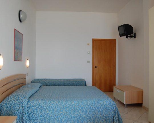 http://www.hotellidofollonica.com/wp-content/uploads/2016/03/hotel-lido-6-540x432.jpg