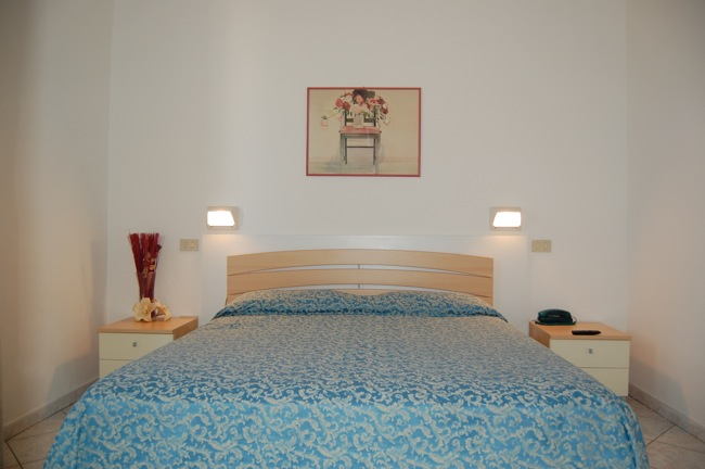 http://www.hotellidofollonica.com/wp-content/uploads/2016/03/hotel-lido-8.jpg