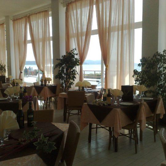 http://www.hotellidofollonica.com/wp-content/uploads/2016/03/n_1-540x540.jpg